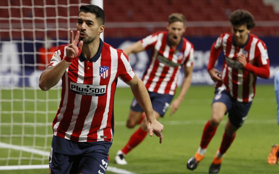 Suarez merayakan gol untuk meningkatkan skor menjadi 2-1 sebelum Valencia pada 24 Januari.  Foto: EFE