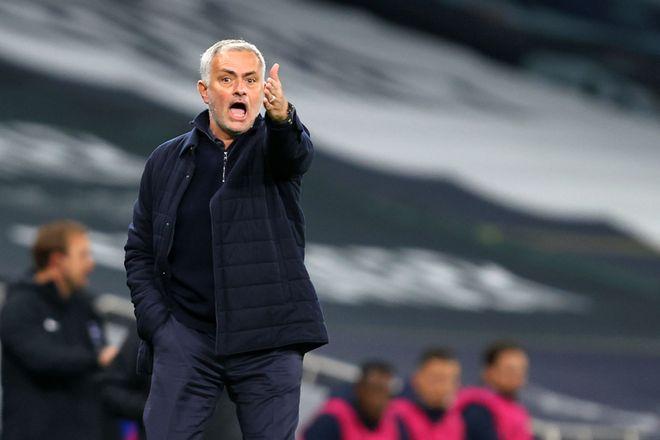 Mourinho tidak puas dengan permainan murid-muridnya ketika dia kalah dari Liverpool pada malam 29 Januari.  Foto: AFP.