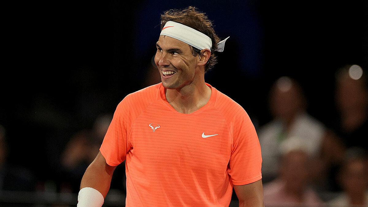 Nadal thể hiện tâm trạng thoải mái trong lần đầu ra sân kể từ khi tới Australia hôm 15/1. Ảnh: ATP.