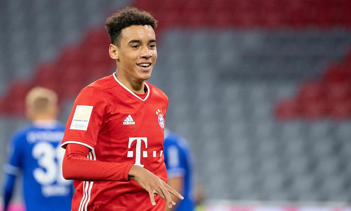 Musiala là viên ngọc thô mới nhất được đôn lên từ học viện bóng đá của Bayern. Ảnh: DPA