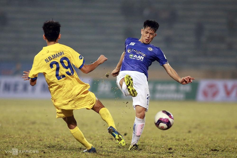 Hanoi kalah 0-3 ketika ia tiba sebagai tamu pada pertandingan pembukaan V-League 2021 Nam Dinh pada 15 Januari.
