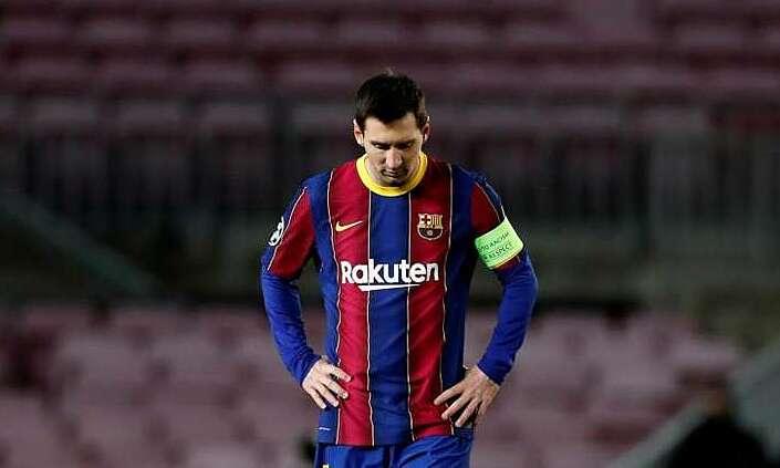 Barca belum membayar cukup untuk pemain itu karena hutang yang menumpuk.  Foto: EFE