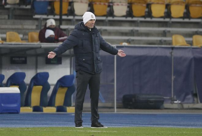 Real hampir tidak memiliki peluang untuk memenangkan gelar domestik musim ini.  Foto: Reuters.