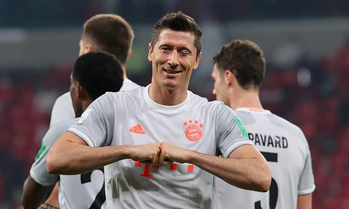 Lewandowski telah mencetak 29 gol dalam 27 pertandingan musim ini.  Foto: Bundesliga