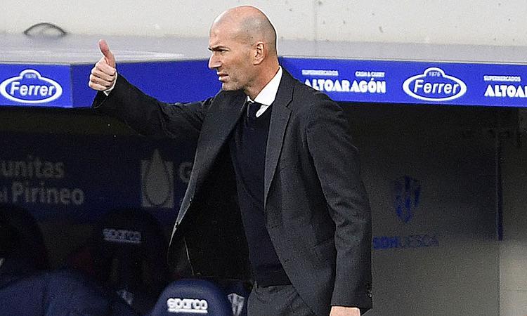 Zidane hài lòng với màn thể hiện của học trò ở trận thắng Getafe. Ảnh: AFP.
