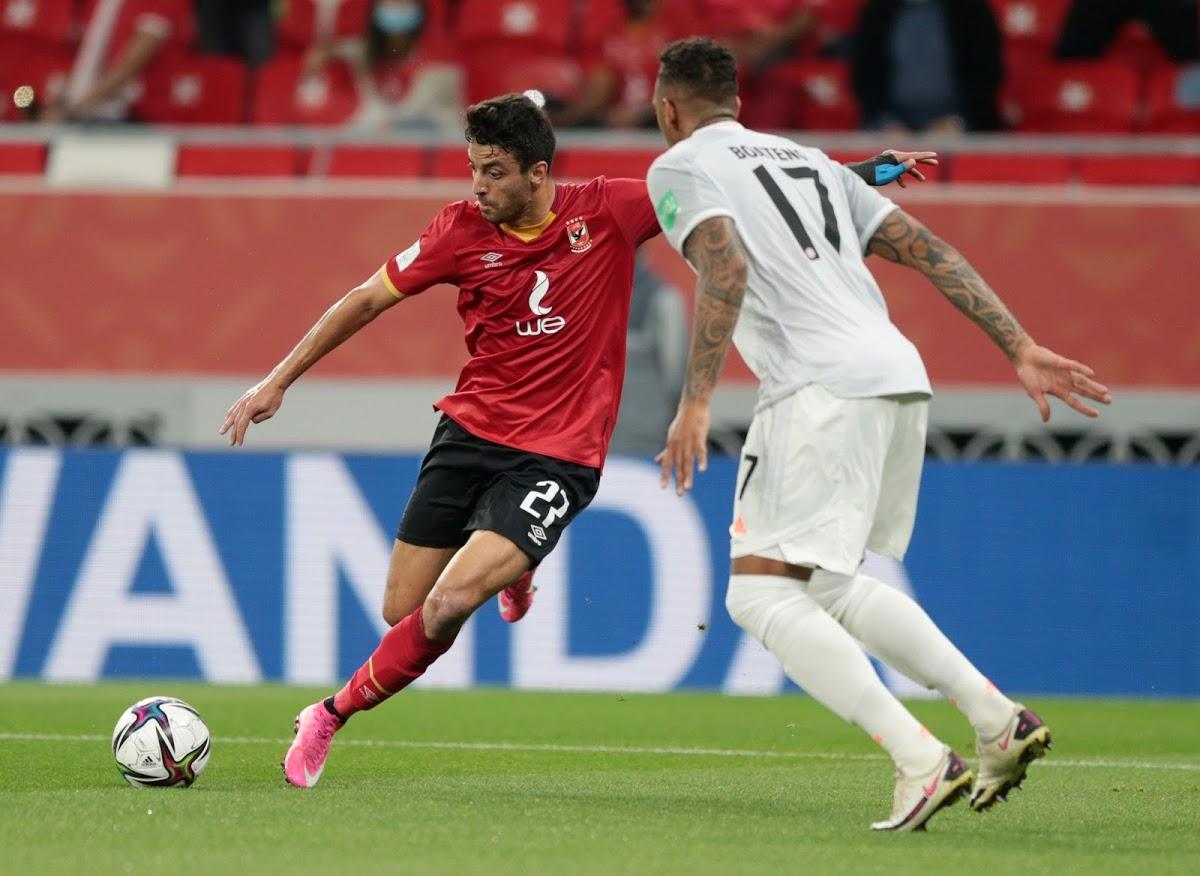 Boateng (áo trắng) trong trận Bayern thắng Al Ahly 2-0 ở Qatar hôm 8/2. Ảnh; Reuters