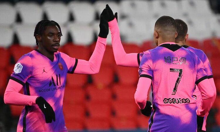 PSG maju ke pertandingan melawan Barca dengan kemenangan 2-1 atas Nice.  Foto: AFP.