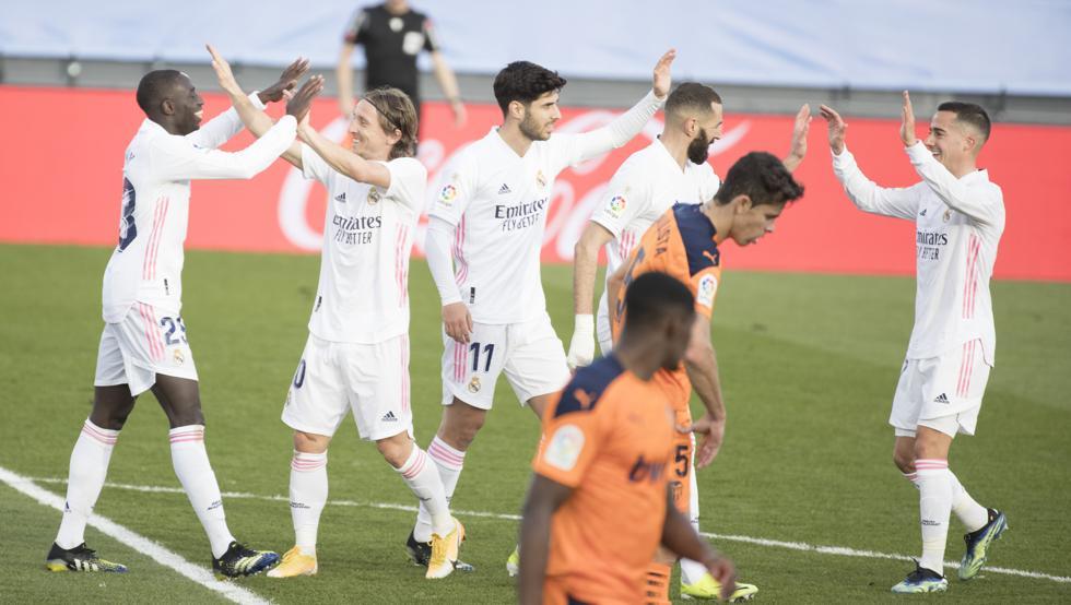 Real kembali ke perlombaan kejuaraan La Liga.