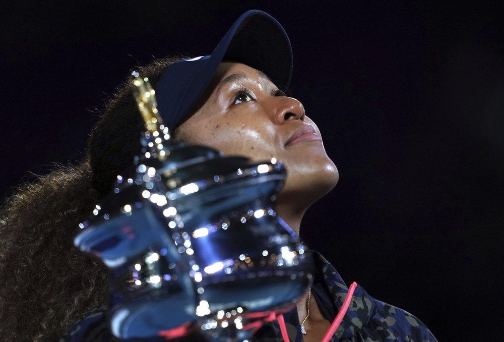 Osaka lần thứ hai vô địch Australia Mở rộng. Ảnh: AP.
