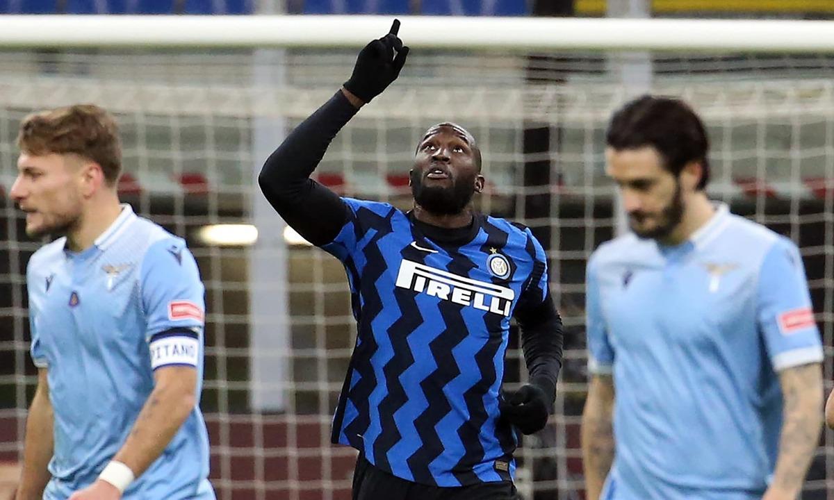 Lakaku ghi 16 bàn, là động cơ quan trọng đưa Inter lên đỉnh Serie A sau một thời gian dài kiên trì bám đuổi Milan. Ảnh: ANSA