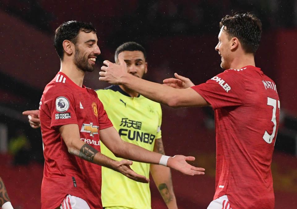 Bruno Fernandes tiếp tục là nguồn cảm hứng quan trọng giúp Man Utd chiến thắng, khi góp một kiến tạo và một bàn trước Newcastle. Ảnh: Reuters