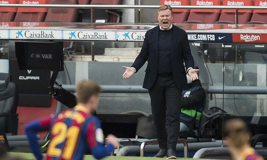HLV Koeman trách hàng công Barca bỏ lỡ nhiều cơ hội. Ảnh: MD