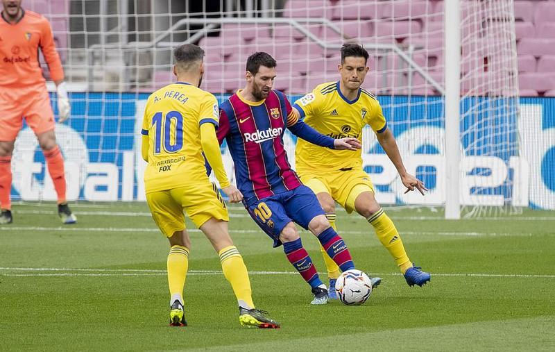 Messi bắt đầu chơi cho Barca tại La Liga từ cuối năm 2004. Ảnh: Reuters.