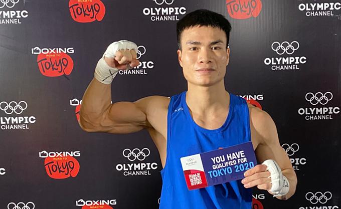 Nguyễn Văn Đương nhận vé dự Olympic sau khi hạ võ sĩ Thái Lan trong chưa tới 60 giây, ngày 9/3/2020 tại Jordan.