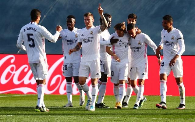 Kroos (thứ ba từ trái sang) và đồng đội đang có mạch bốn trận thắng ở La Liga. Ảnh: Reuters.