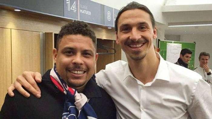 Ibrahimovic (kanan) selalu menganggap Ronaldo Nazario sebagai idola.  Foto: Reproducao.