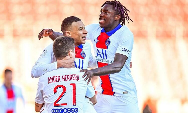 Mbappe tìm lại cảm giác ghi bàn sau khi tịt ngòi ở trận gặp Monaco. Ảnh: Iconsport.