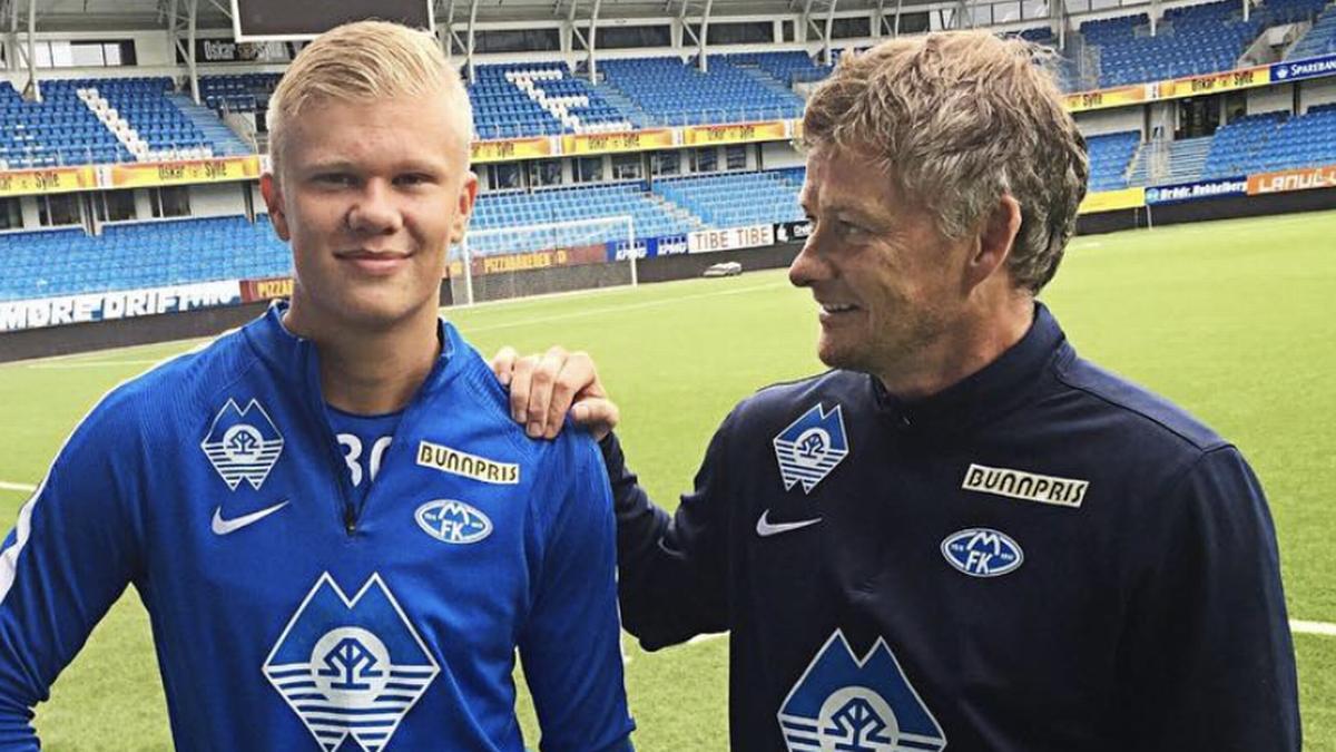Pelatih Solskjaer dan Haaland pada 2018, saat keduanya masih mengabdi di klub Norwegia, Molde.