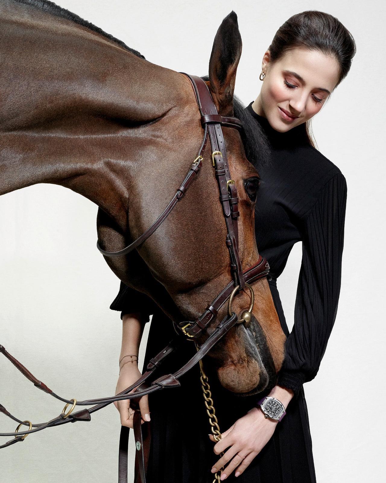 Flore Giraud sees the horse as a close friend.