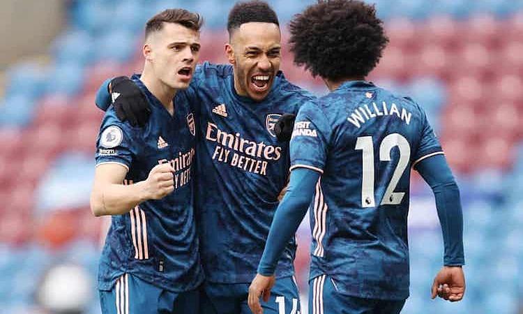 Aubameyang đã ghi tám bàn vào lưới Burnley, nhiều nhất trong số các đối thủ tại Ngoại hạng Anh. Ảnh: Reuters.