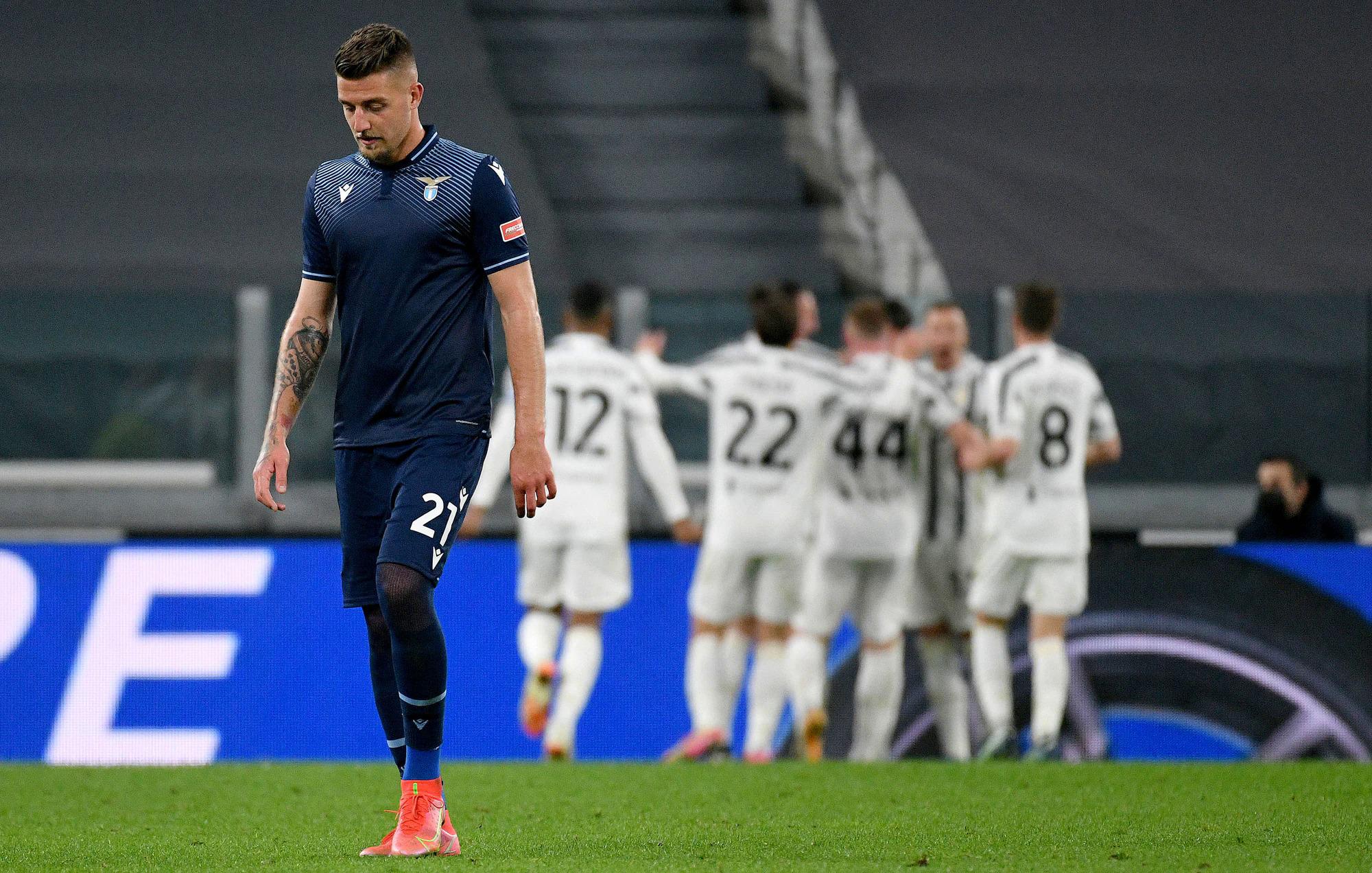 Lazio khởi đầu suôn sẻ, nhưng lại không tận dụng được lợi thế để tìm kết quả tốt tại Juventus Arena. Ảnh: Fotonotizia