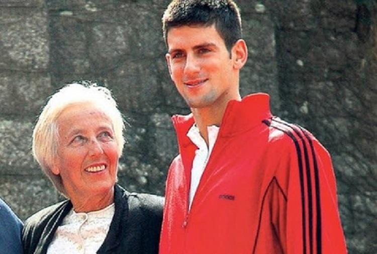 Djokovic dan pelatih Gencic saat bermain profesional pada tahun 2003. Foto: Tennisview.