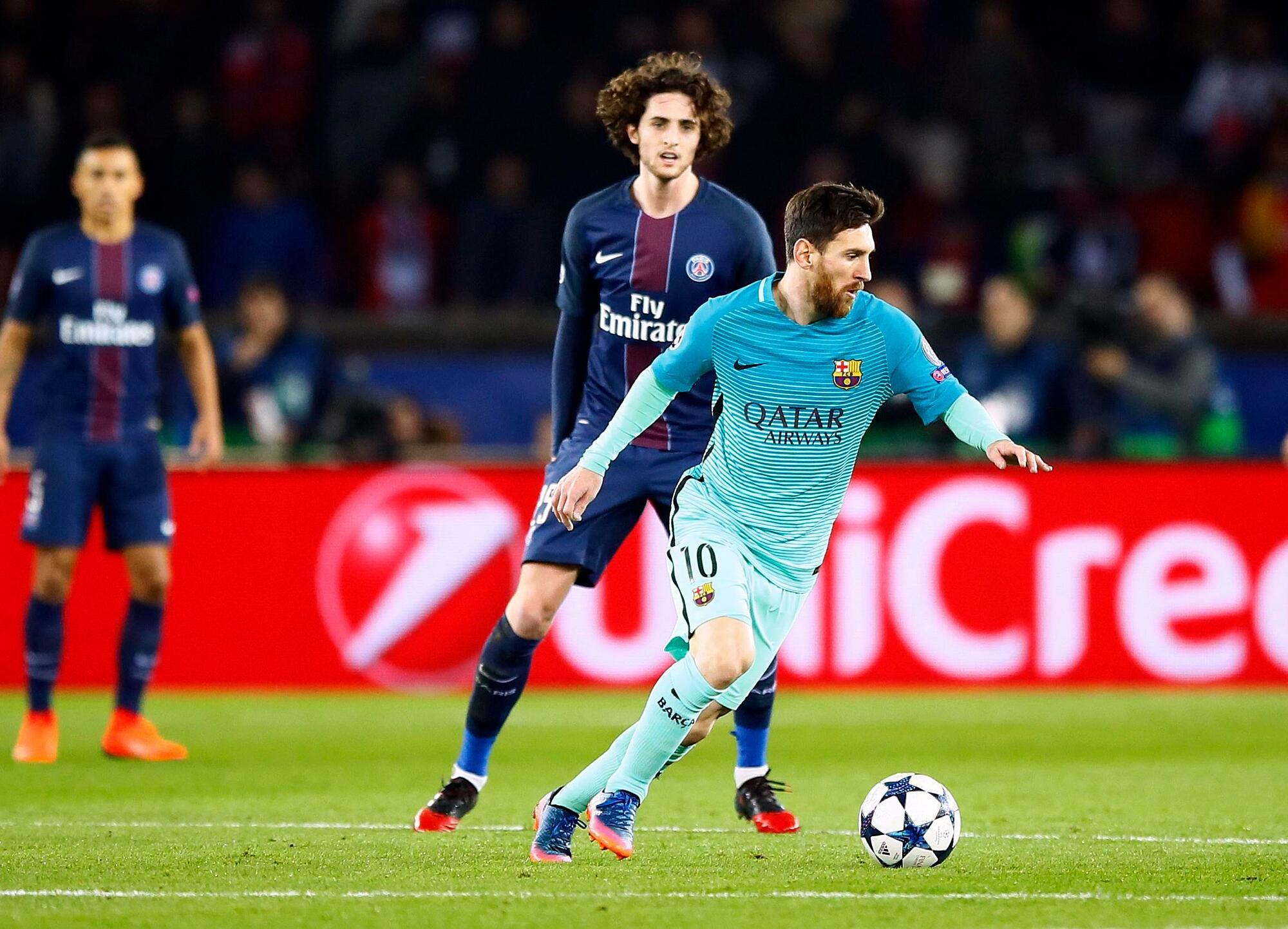 Messi dalam kekalahan 0-4 Barca di Parc des Princes pada Februari 2017.  Foto: AP