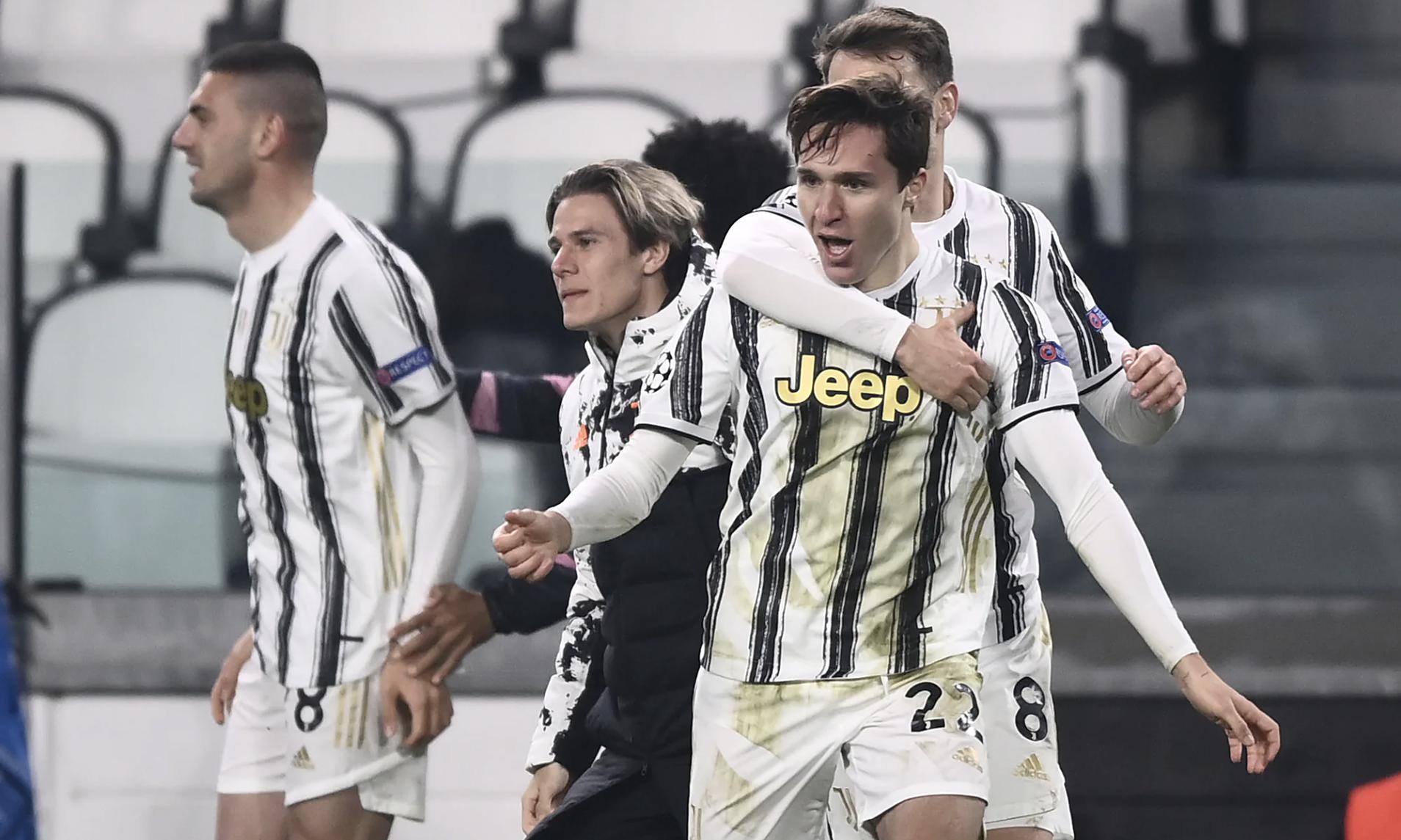 Chiesa toả sáng nhưng không đủ để giúp Juventus đi tiếp. Ảnh: La Presse.