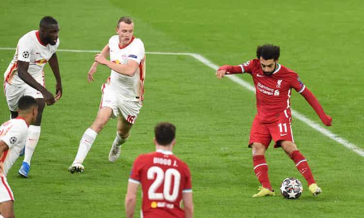 Salah biến các hậu vệ Leipzig thành những gã hề khi ghi bàn mở tỷ số. Ảnh: Liverpool FC.