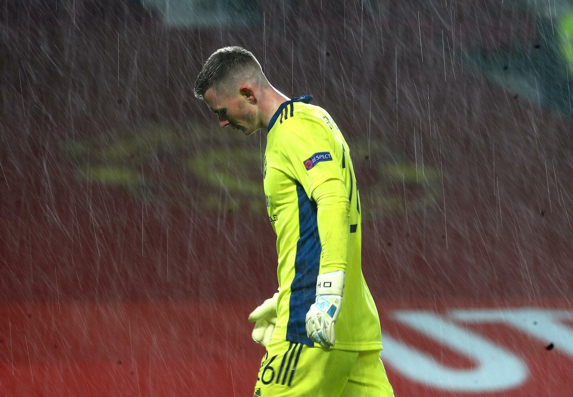 Henderson kecewa setelah kekalahan terakhir, menyebabkan Man Utd ditahan oleh Milan.  Foto: PA