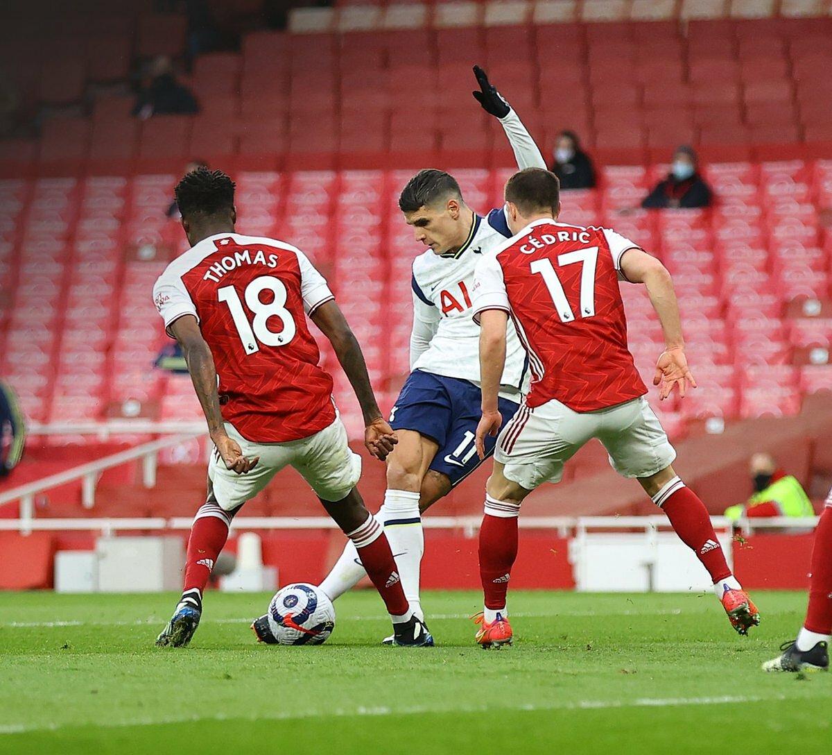 Lamela lần đầu ghi bàn sau 11 trận đối đầu với Arsenal. Ảnh: Opta.