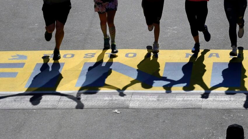 Limiting the number of athletes, implementing social measures in the starting and finishing zones are necessary measures to ensure the safety of the athletes when the Boston Marathon takes place between Covid-19.  Photo: AP