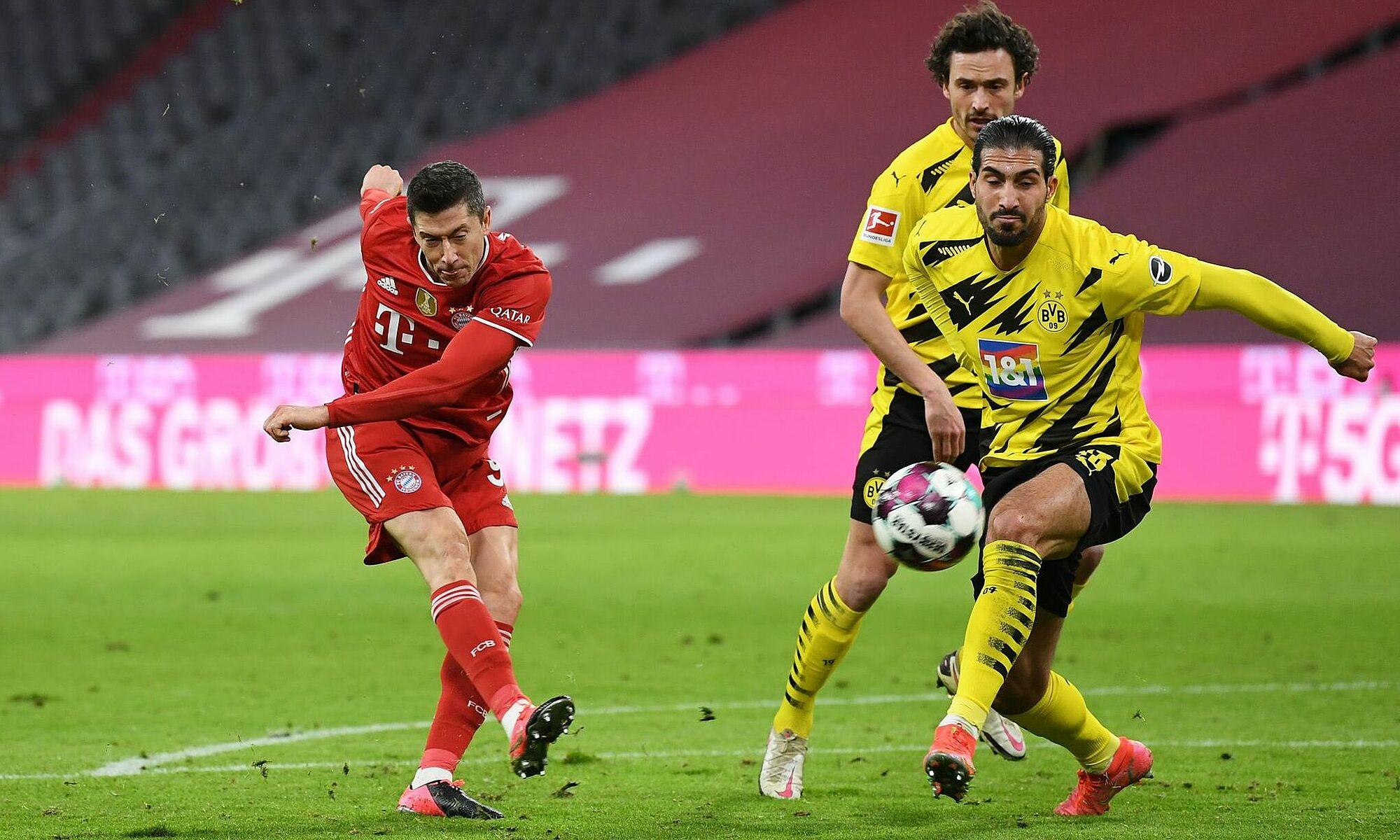 Lewandowski telah mencetak gol melawan 16 dari 17 lawan Bayern di Bundesliga musim ini.  Hanya RB Leipzig yang belum kebobolan oleh striker Bayern tersebut.  Dalam foto tersebut adalah fase Lewandowski melawan Dortmund pada 6 Maret.  Foto: Reuters