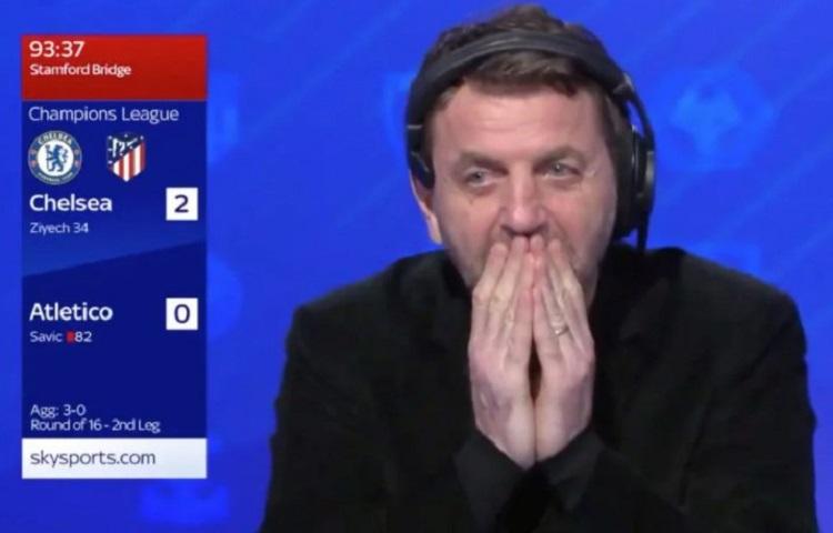 Mantan manajer Tottenham Tim Sherwood adalah salah satu tuan rumah.  Dia menyatakan penyesalan saat pemain kehilangan uang dalam jumlah besar.  Screenshot.