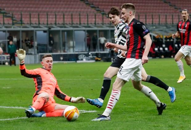Henderson giúp Man Utd hạ Milan 1-0 ngay trên sân San Siro. Ảnh: AP.