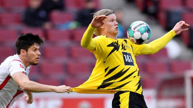 Haaland tidak puas ketika dia bermain bagus, tetapi rekan satu timnya yang kurang menendang membuat Dortmund kesulitan untuk melarikan diri ke Cologne.  Foto: AFP