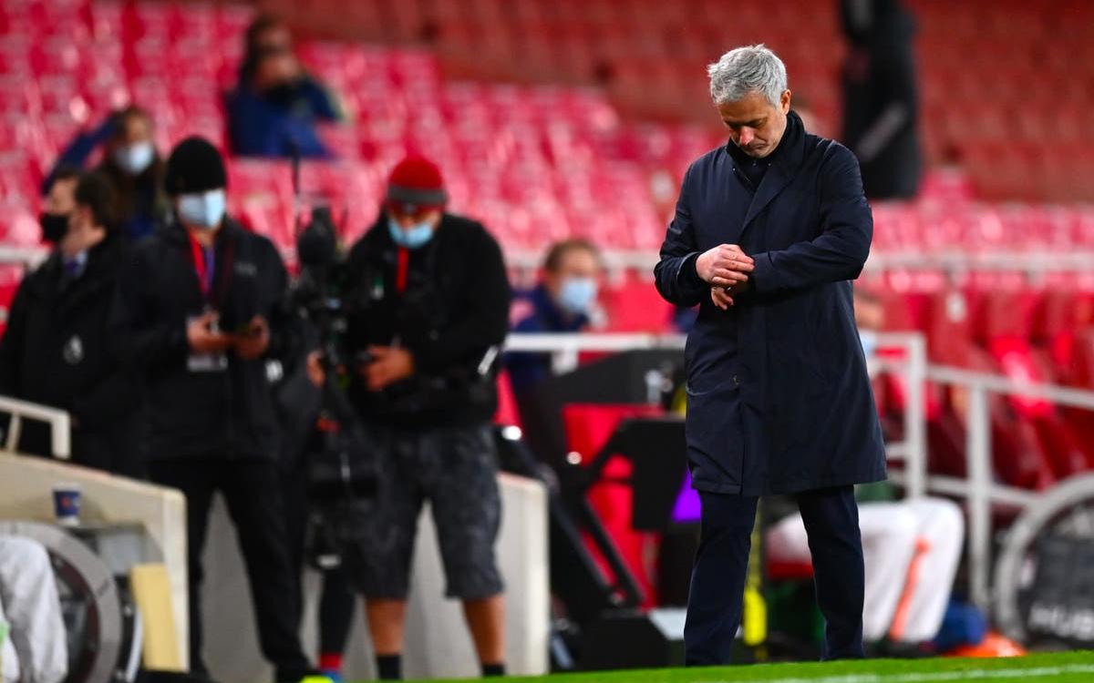 Sự thành công không còn ở lại với Mourinho nhiều như giai đoạn đầu ông đến với nghề HLV. Ảnh: AFP.