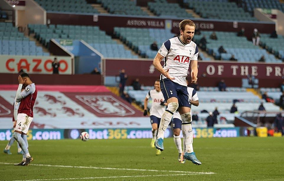Kane hiện có 17 bàn, ngang bằng với Salah sau 29 vòng Ngoại hạng Anh. Ảnh: Tottenham FC.