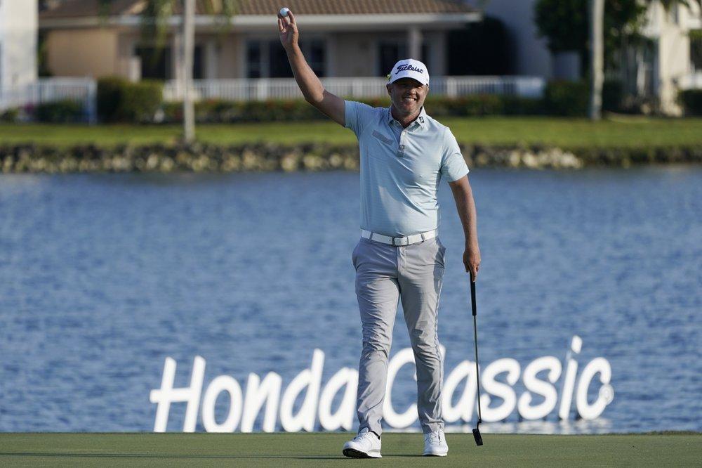 Matt Jones bersemangat untuk membawa bola itu segera setelah dia memenangkan Honda Classic pada 21 Maret.  Foto: AP