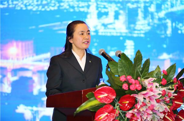 Phan Hong Vi, salah satu miliarder wanita terkaya di dunia.  Foto: Henglipc.