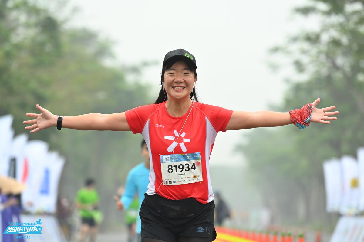 Runner enjoying jogging in Hue VnExpress Marathon in December last year.
