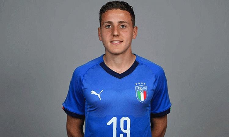 Arlotti dengan seragam Italia U17.