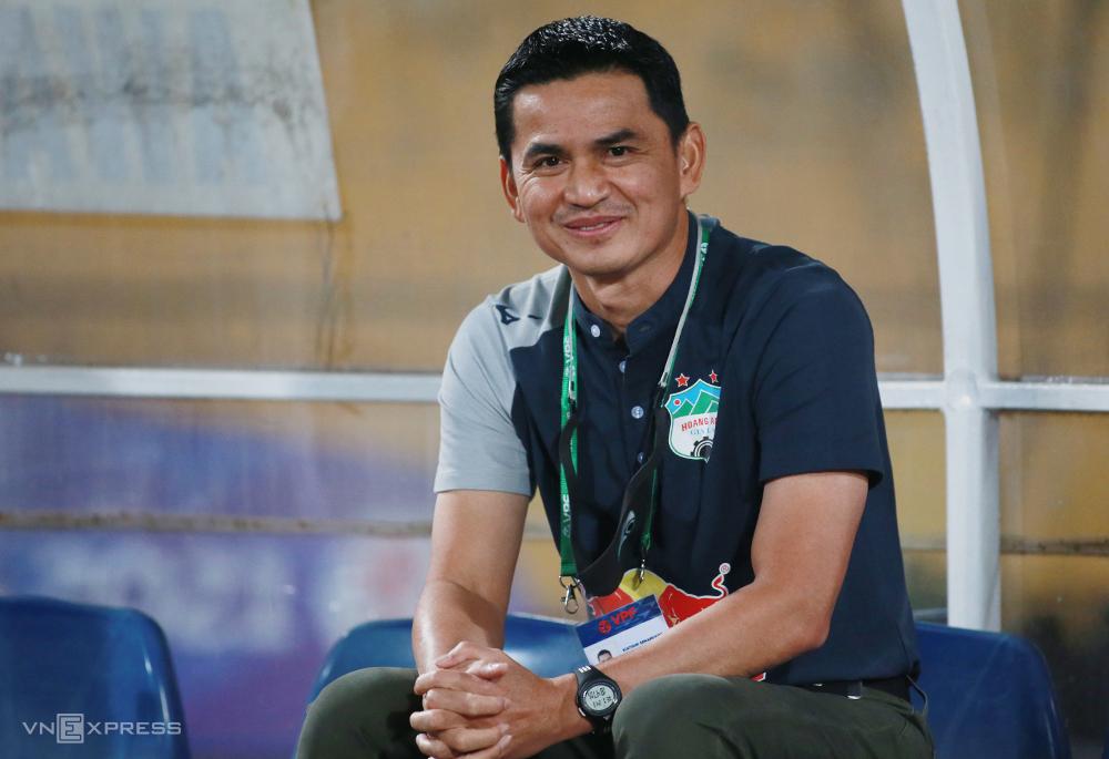 Di bawah kepemimpinan Kiatisul, HAGL mendapatkan 10 poin setelah 5 pertandingan.  Foto: Lam Thoa