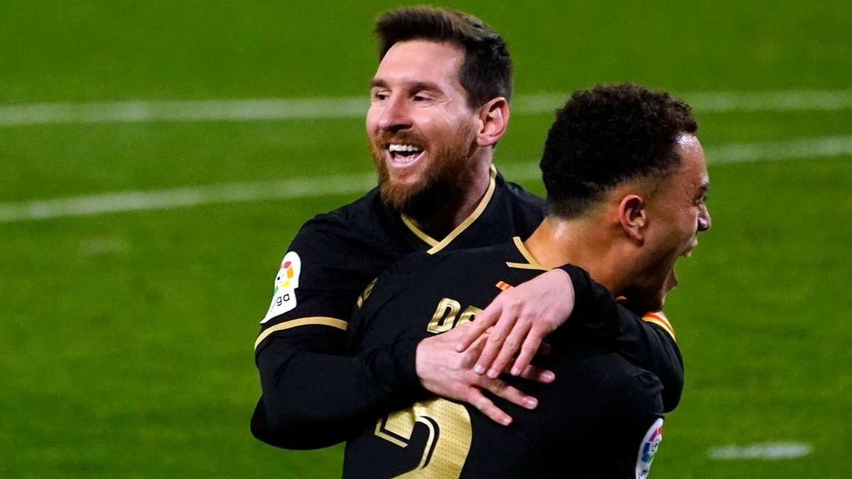 Memenangkan hanya setengah dari gelar Liga Champions dibandingkan dengan Real Madrid, Barca masih dianggap sebagai tim terkuat dekade ini.  Foto: Reuters