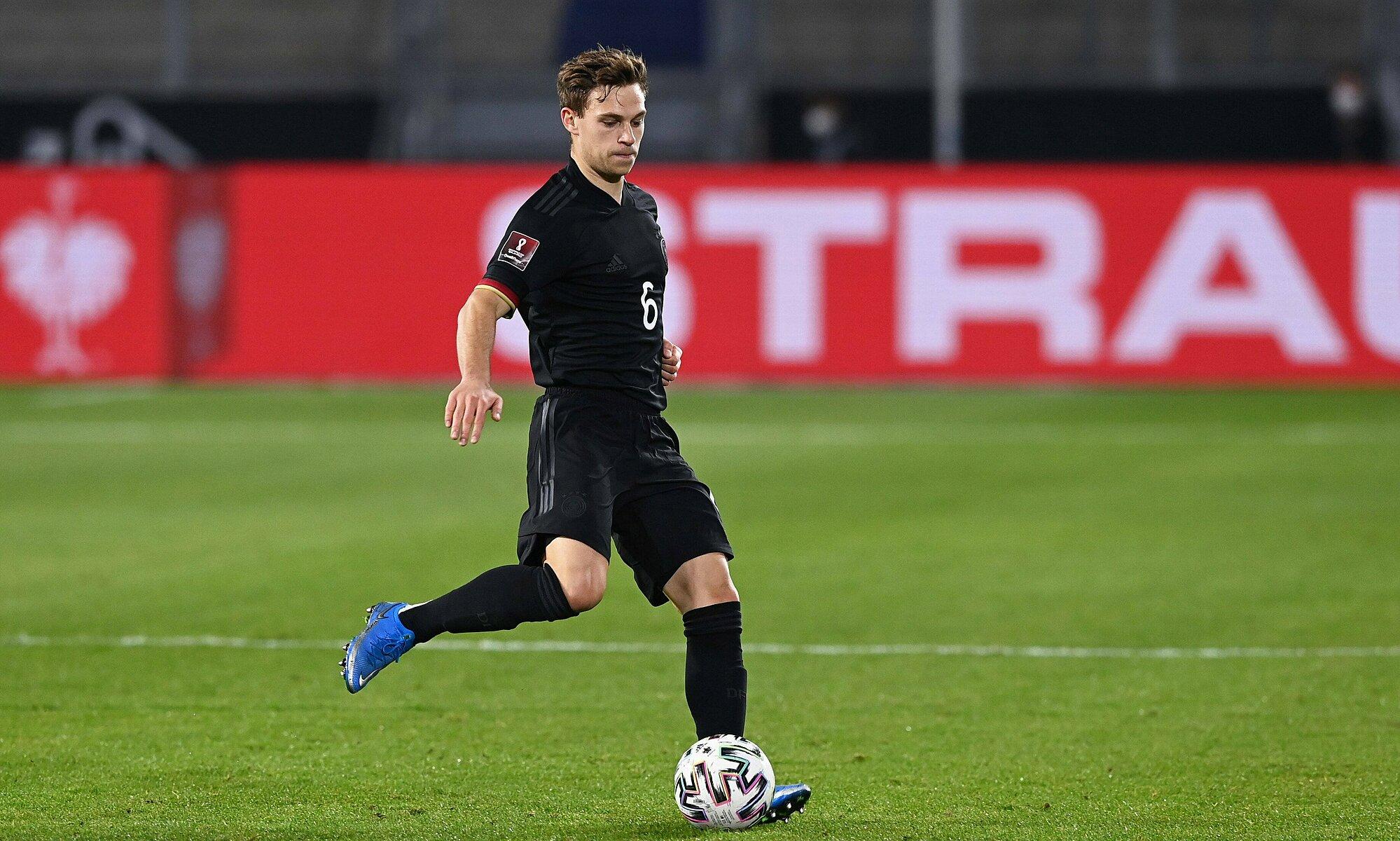 Kimmich adalah faktor penting bagi Bayern dan Jerman.  Foto: Reuters