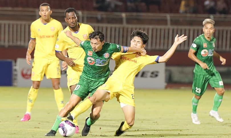 Upaya mantan pemain Jepang Daisuke Matsui tidak cukup untuk menghidupkan kembali Saigon FC melawan Nam Dinh.  Foto: Saigon FC