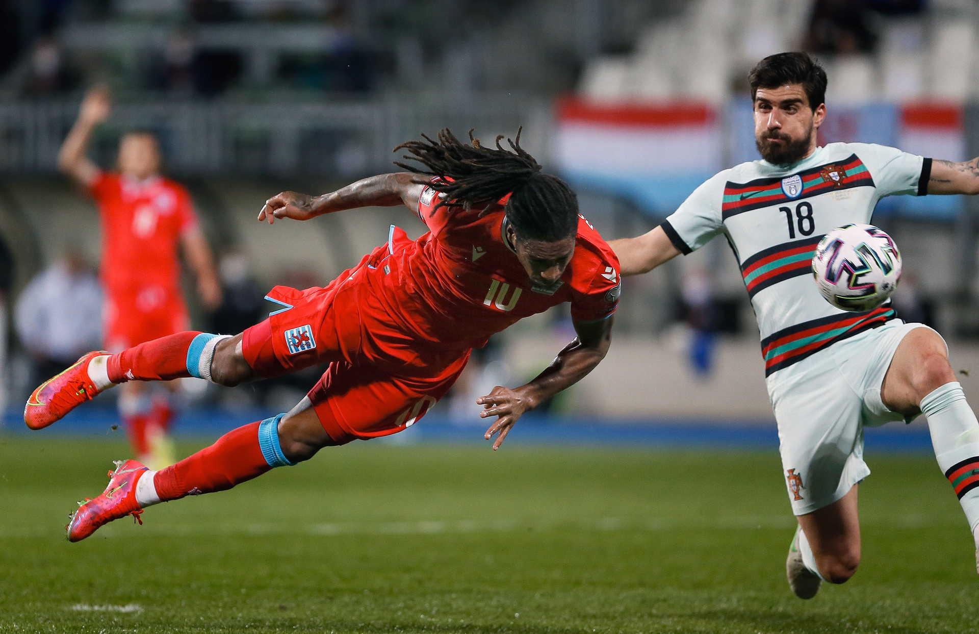 Rodrigues đưa Luxembourg vượt lên. Ảnh: Jornal.