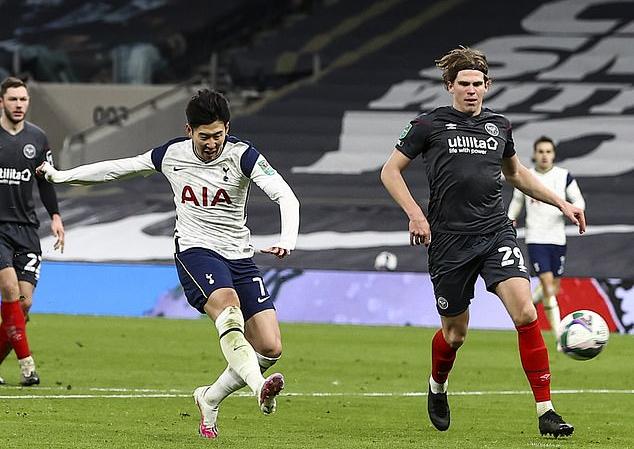 Son Heung Min đang xếp thứ hai trong danh sách ghi bàn cho Tottenham mùa này, chỉ sau Harry Kane. Ảnh: Daily Mail.