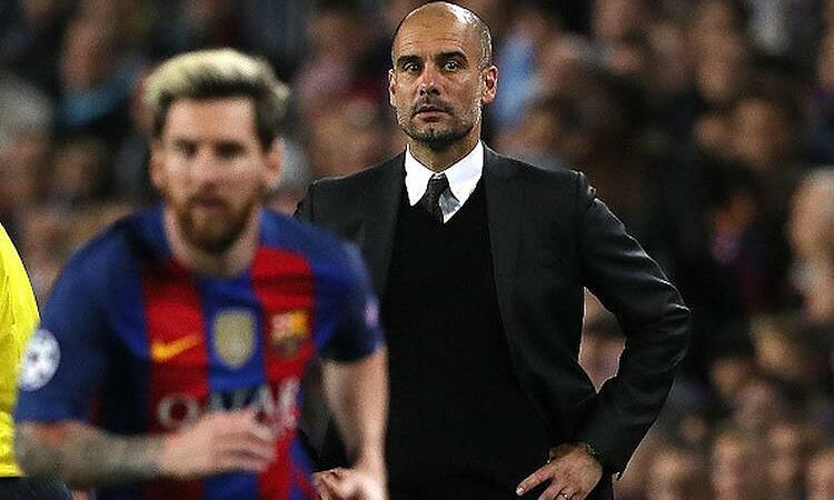 Guardiola mengisyaratkan bahwa ada pemain yang tak pantas dekat dengan Barca.  Foto: AFP.