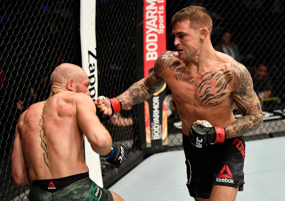 Poirier thắng McGregor bằng knock-out kỹ thuật hôm 24/1/2021. Ảnh: Reuters